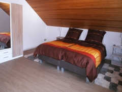 08dorpzicht-appartement-eifel-slaapkamer