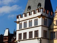 14trier-gothisch-huis-dak
